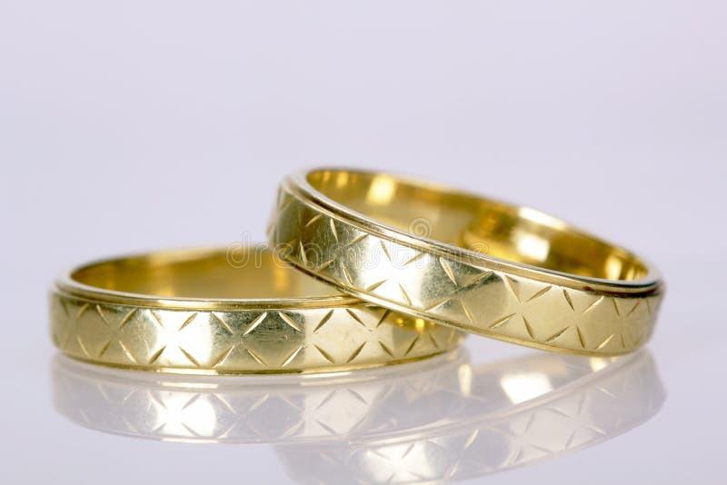 Faixas de casamento imagem de stock royalty free