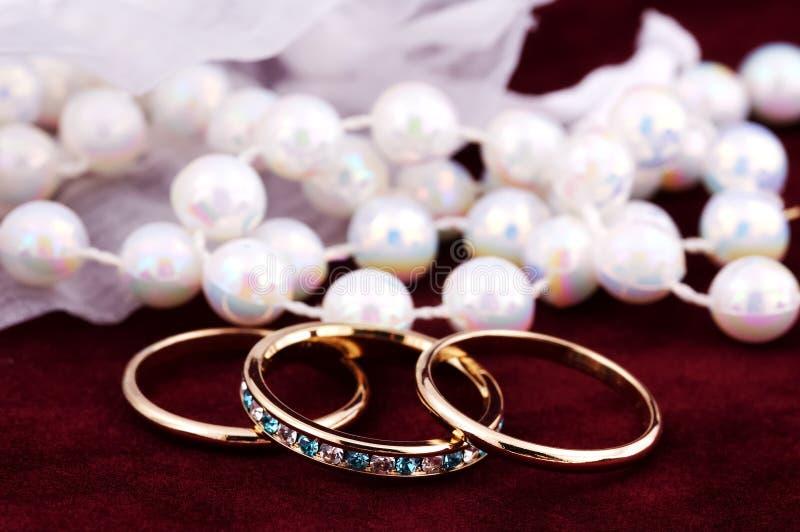 Faixas de casamento fotos de stock royalty free
