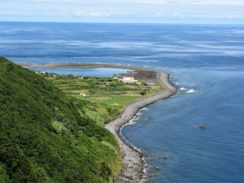Faja de Santo Cristo en la isla de Jorge del sao, las Azores imágenes de archivo libres de regalías