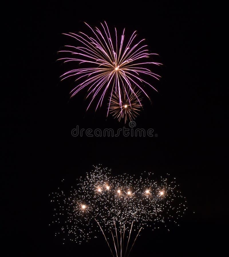 Fajerwerków ślada w niebie obrazy royalty free