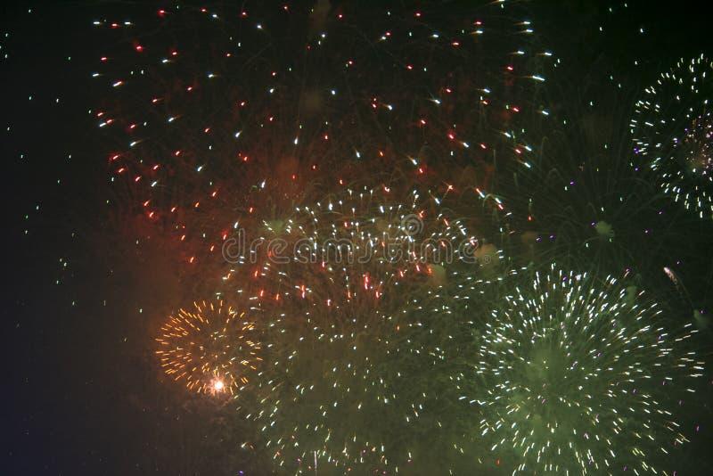 Fajerwerków gody świętujący w Walencja Hiszpania dla FALLAS przy nite pokazem zdjęcie royalty free