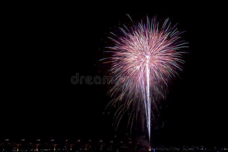 Fajerwerki przy czwarty Lipa świętowanie fotografia stock