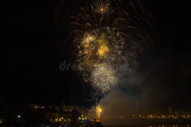 Fajerwerki w San Sebastian w Baskijskim kraju obraz royalty free