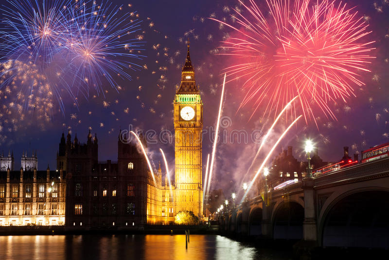 fajerwerki wystawiają wokoło Big Ben obrazy royalty free