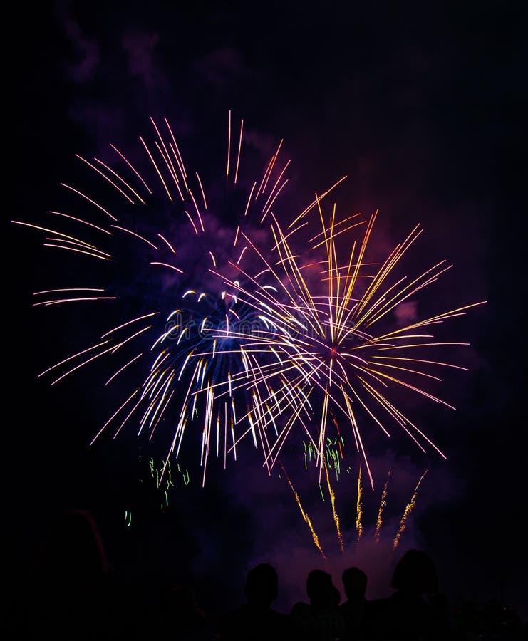 Fajerwerku świętowanie przy Abbotsford Airshow Mrocznym przedstawieniem fotografia royalty free