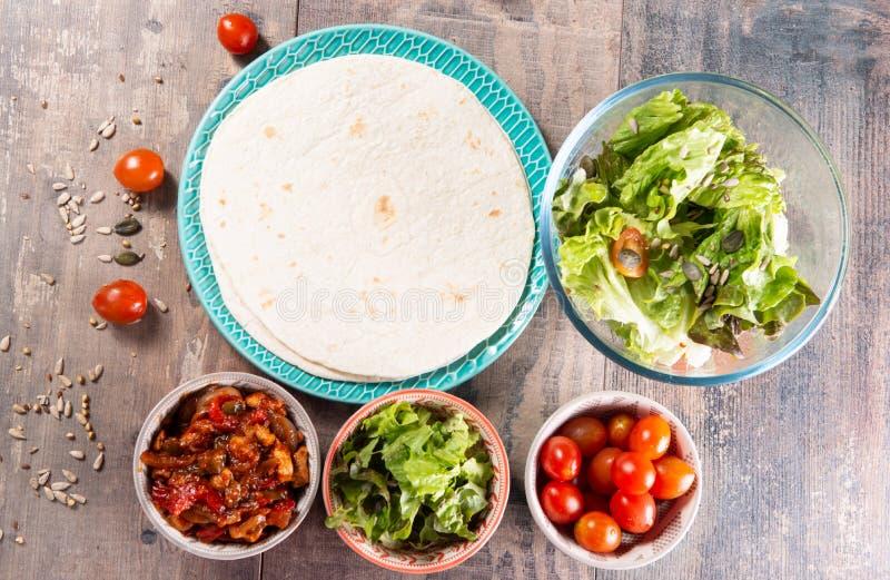 Fajitas con el pollo, cocina mexicana, cocina de Tex-mex imágenes de archivo libres de regalías
