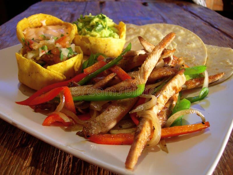 Fajitas mexicanos del pollo imagen de archivo libre de regalías