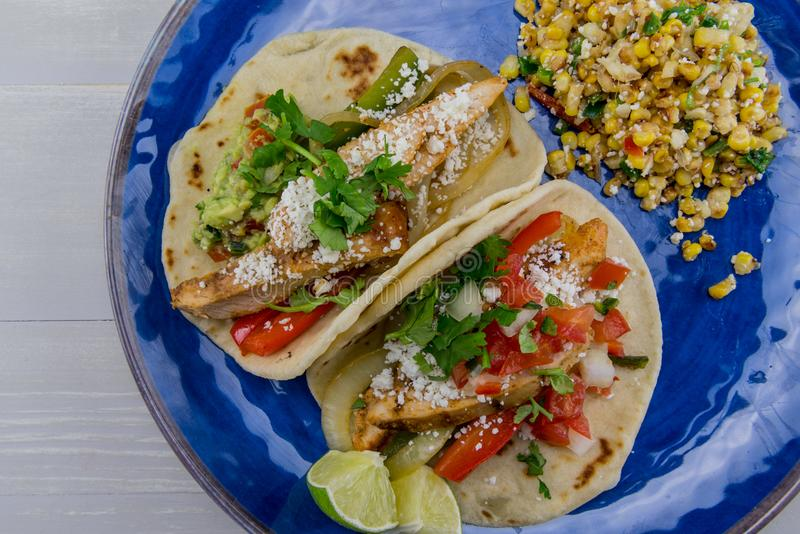 Fajitas y maíz mexicano de la calle imagen de archivo libre de regalías