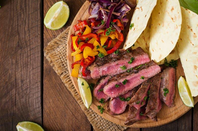 Fajite messicane per la bistecca di manzo immagini stock
