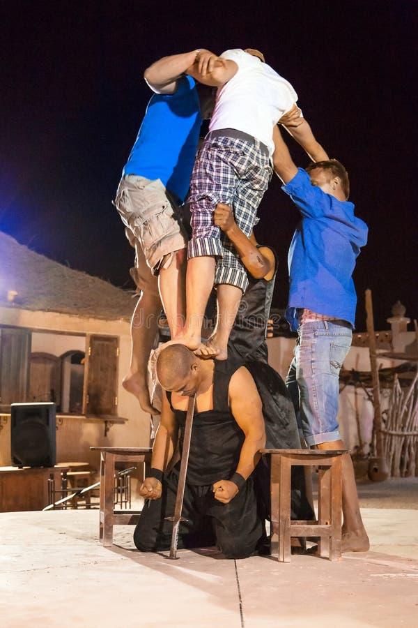 Fakir przedstawienie w Egipt zdjęcia royalty free