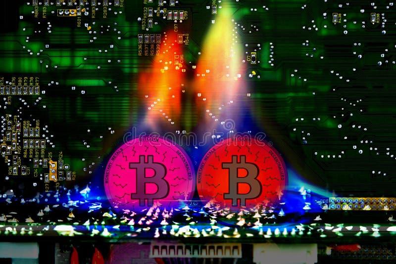 Faktiska Bitcoin, elektronisk valuta på brand royaltyfri foto