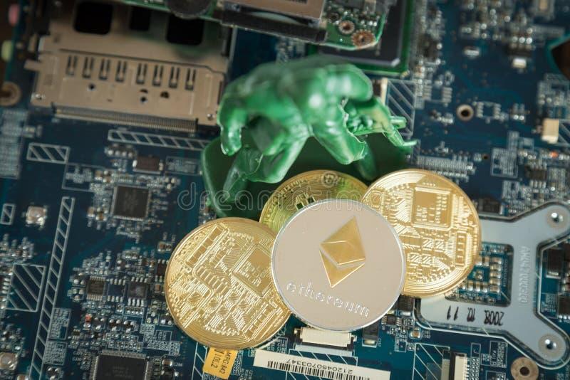 Faktiskt Cryptocurrency Ethereum begrepp Krigsoldat Protecting arkivfoto