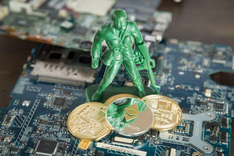 Faktiskt Cryptocurrency Ethereum begrepp Krigsoldat Protecting royaltyfri foto