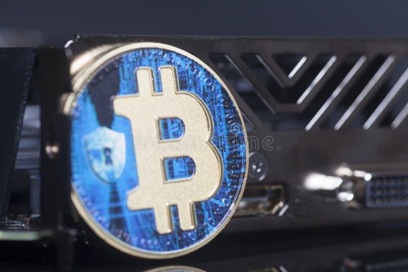 Faktiskt mynt för blå bitcoin arkivfoto