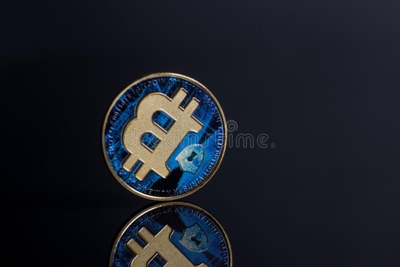 Faktiskt mynt för blå bitcoin fotografering för bildbyråer