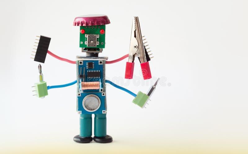 Faktotumarbetare med fyra händer Robotic man för idérik färgrik design, hållande plattång och skruvmejslar Roliga elektroniska de arkivfoto