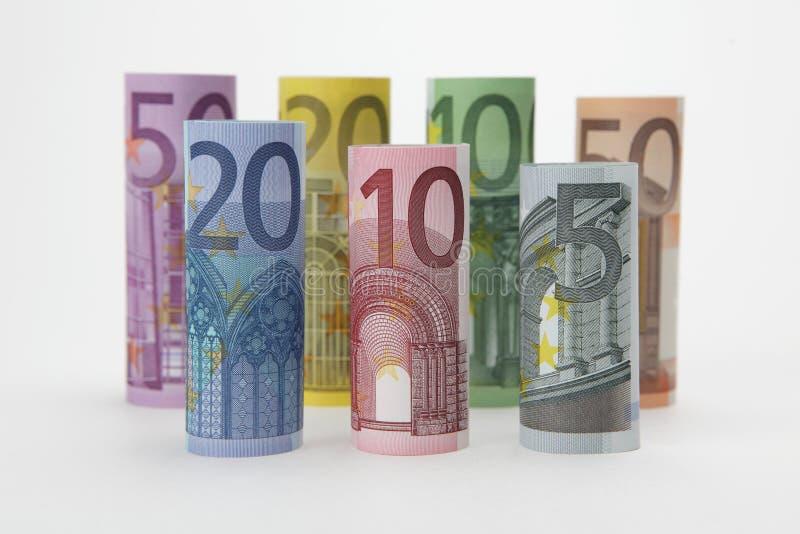 fakturerar den hoprullade euroen arkivfoto