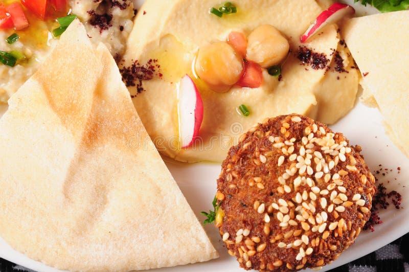 Falafel et hummus photo stock