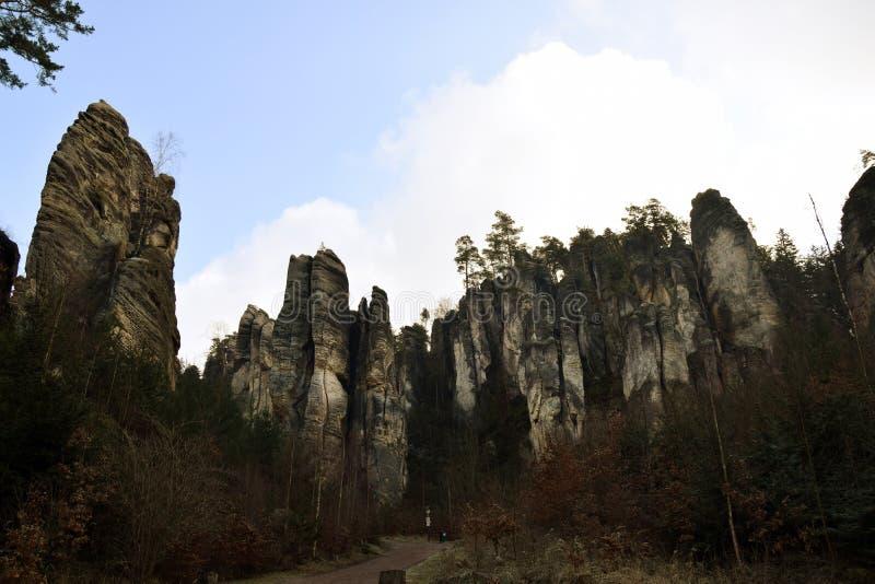 Falaises de grès dans le paradis de Bohème - les roches de Prachov - paysage photo libre de droits