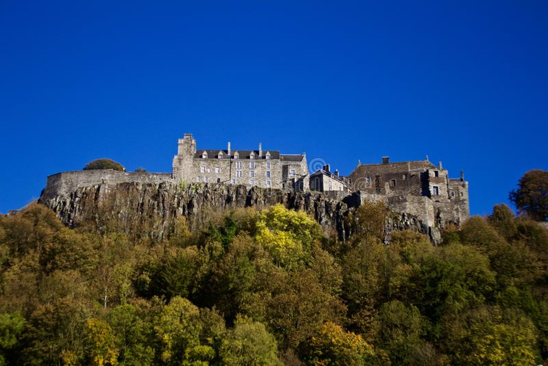 Falaises de Stirling Castle From Field Below photos libres de droits