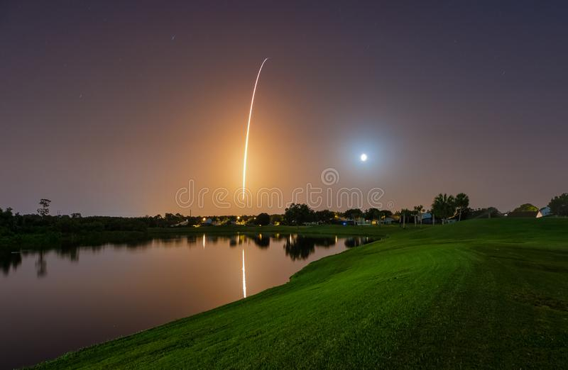 Falcão Rocket Launch pesado de SpaceX fotos de stock