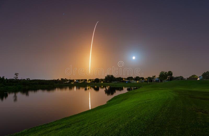 Falcão Rocket Launch pesado de SpaceX fotos de stock