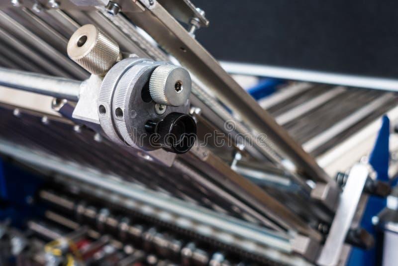 Falcowanie pomiaru dostosowania Maszynowy koło Przemysłowy Applianc zdjęcia stock