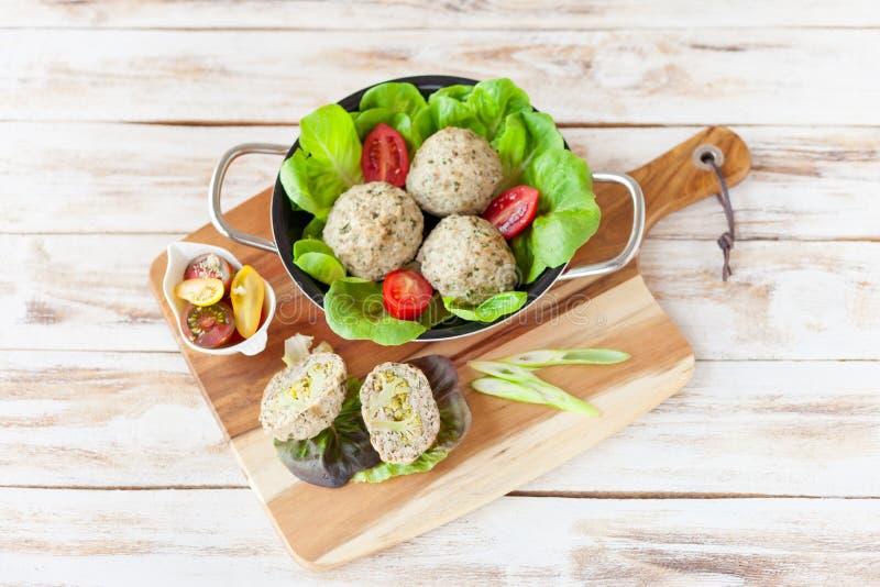 Falda dietética con bróculi foto de archivo libre de regalías