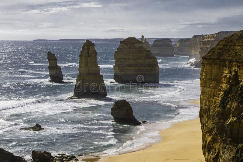 Falesia tolvna apostolos i Australien arkivfoto