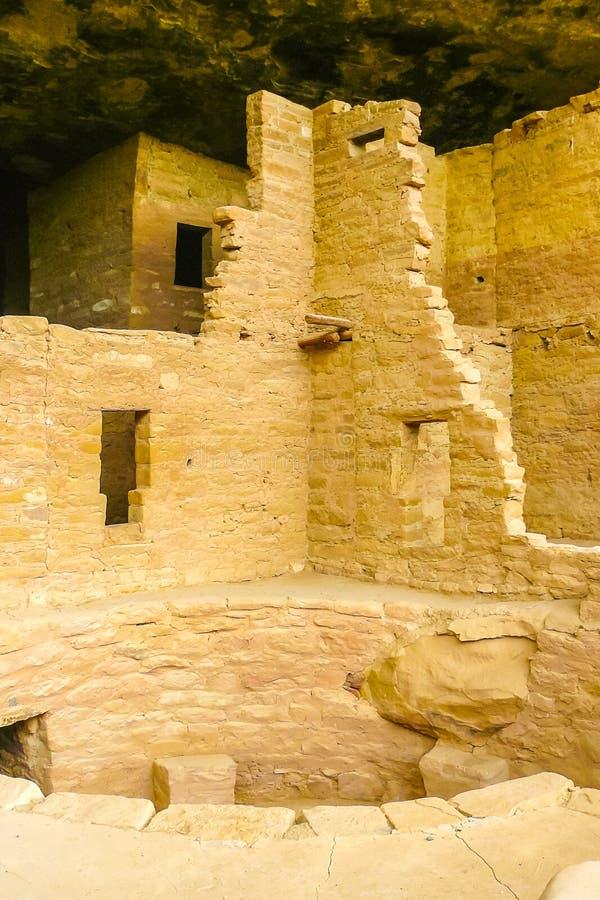 Faleza pałac szczegół Kiva mes Verde park narodowy Arizona obraz stock