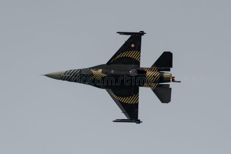 Falk för Soloturk F16-stridighet arkivfoton