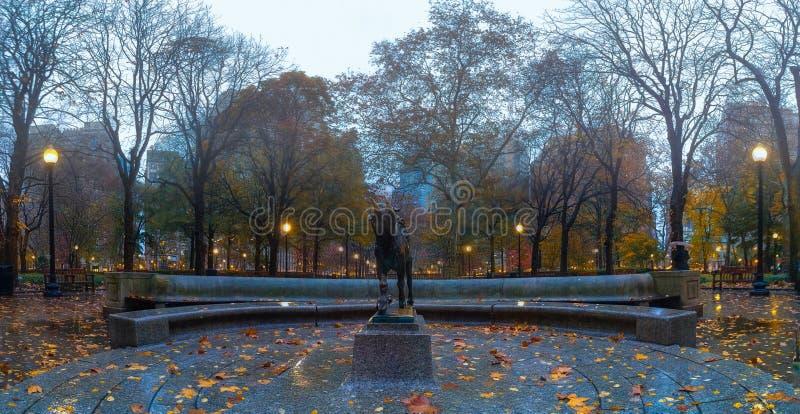 Fall, Rittenhouse-Quadrat-Park, Philadelphia lizenzfreie stockfotos