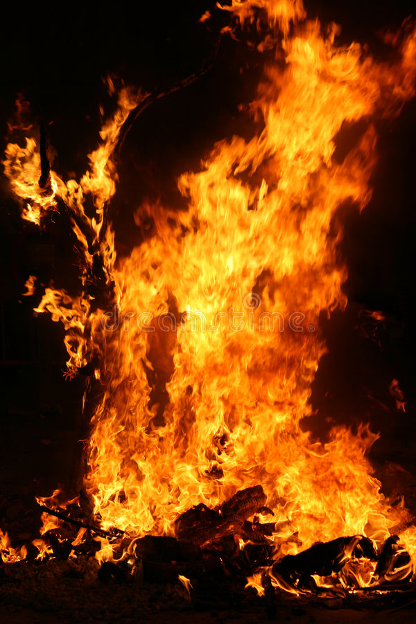 Falla de queimadura em Valença. Incêndio. foto de stock