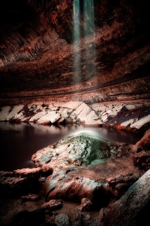 Fallande vatten Hamilton Pool Texas Hill Country royaltyfri bild