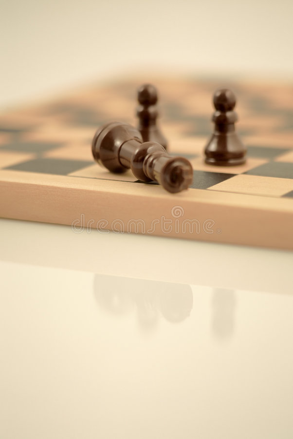 Free Fallen King Royalty Free Stock Photography - 95687