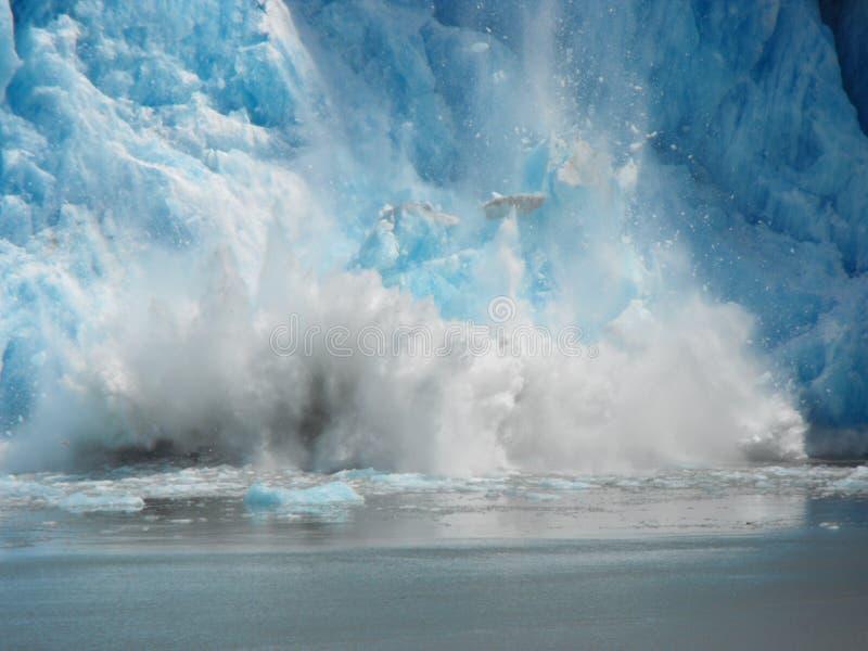 Fallendes Eis lizenzfreies stockbild