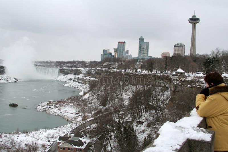 Download Faller Den Niagara Turisten Arkivfoto - Bild av frysa, upphittare: 515264