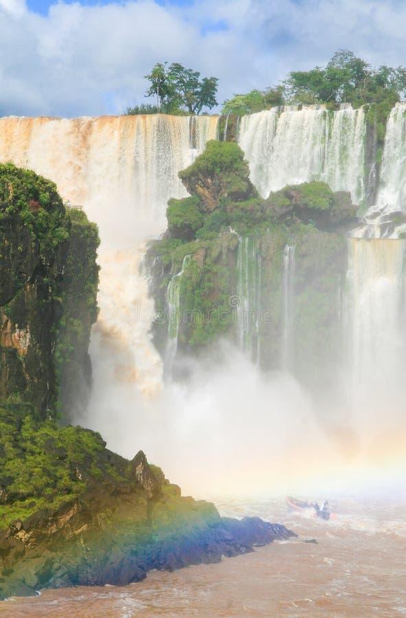 faller iguazuen royaltyfria bilder