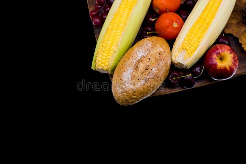 Fallerntefülle Herbstsaison mit Frucht lizenzfreies stockfoto