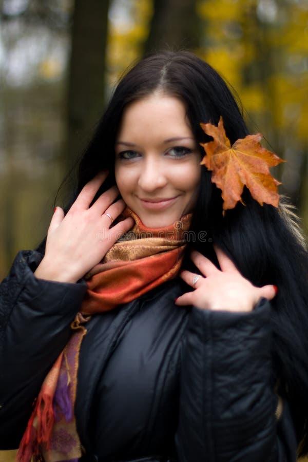 Fallmädchen lizenzfreies stockfoto