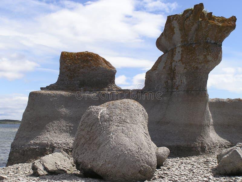 fallna granitstenar arkivfoto
