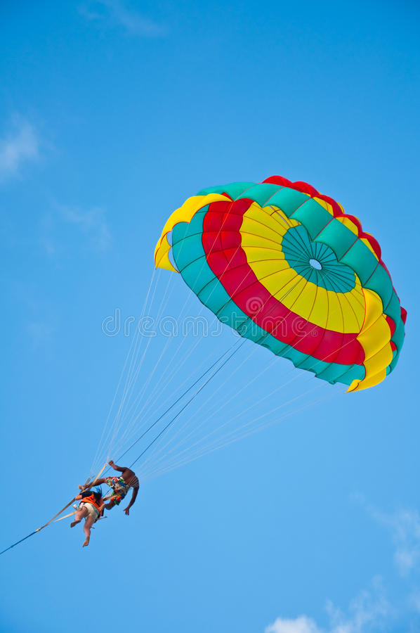 Fallschirm Phuket lizenzfreie stockfotos