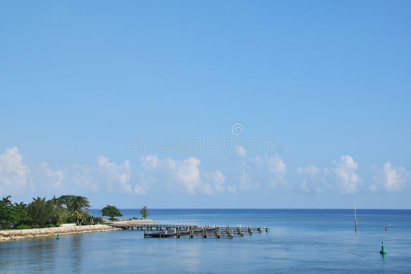 Falmouth, Jamajka, niebieskie niebo i morze, fotografia royalty free