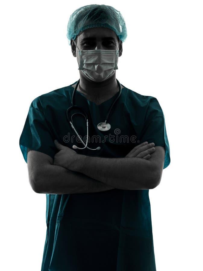 Falsifichi l'uomo del chirurgo con la maschera di protezione immagine stock