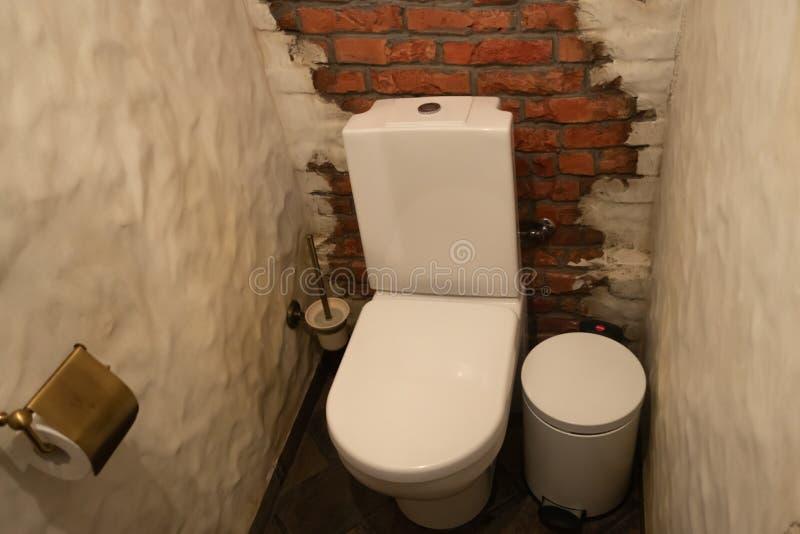 Falta de definición abstracta y cuarto de baño y retrete defocused para el fondo imagen de archivo libre de regalías