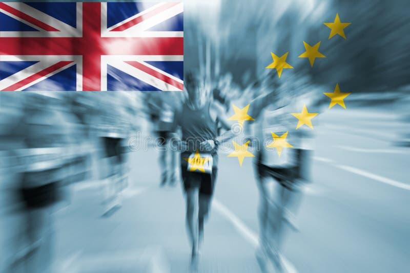 Falta de definición de movimiento del corredor de maratón con la mezcla de la bandera de Tuvalu fotos de archivo
