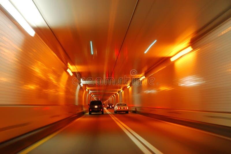 Falta de definición de movimiento del túnel del camino foto de archivo