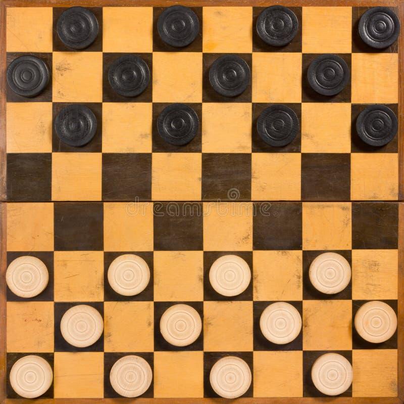 Faltbares hölzernes Schachbrett lizenzfreie stockfotos