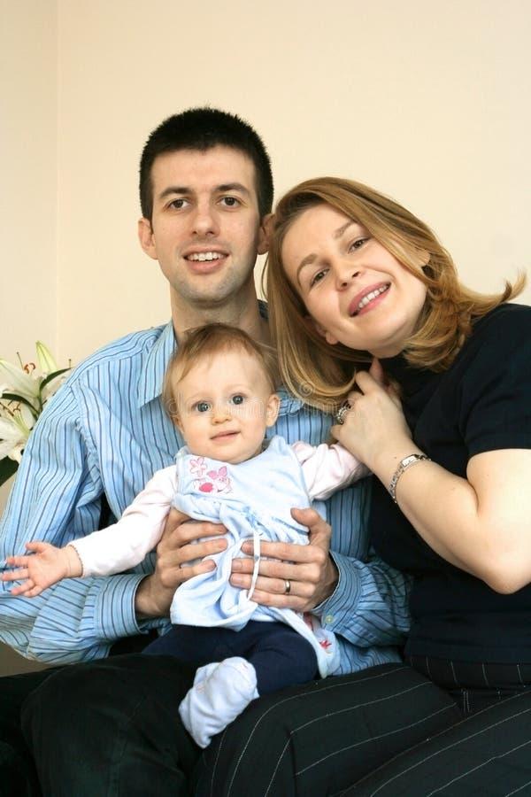 Família com bebé imagem de stock