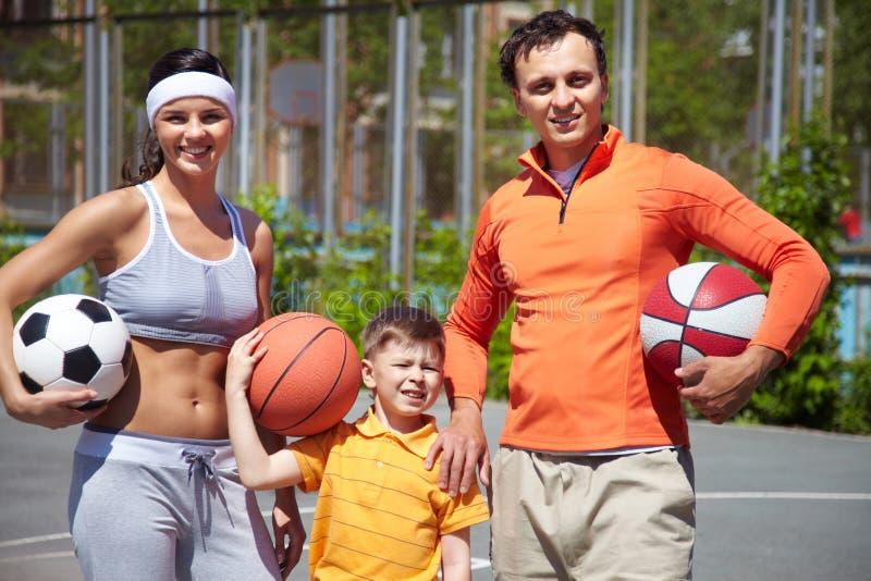 Família com bolas fotos de stock royalty free
